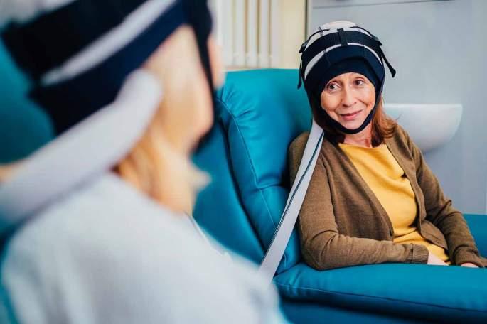 casco refrigerante, tumore al seno, chemioterapia, capelli